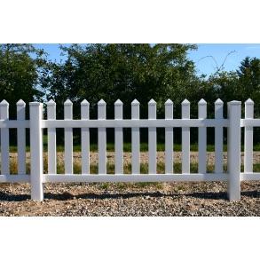 PVC Skagen hegn lige med brede stave i 180x100cm (BxH)